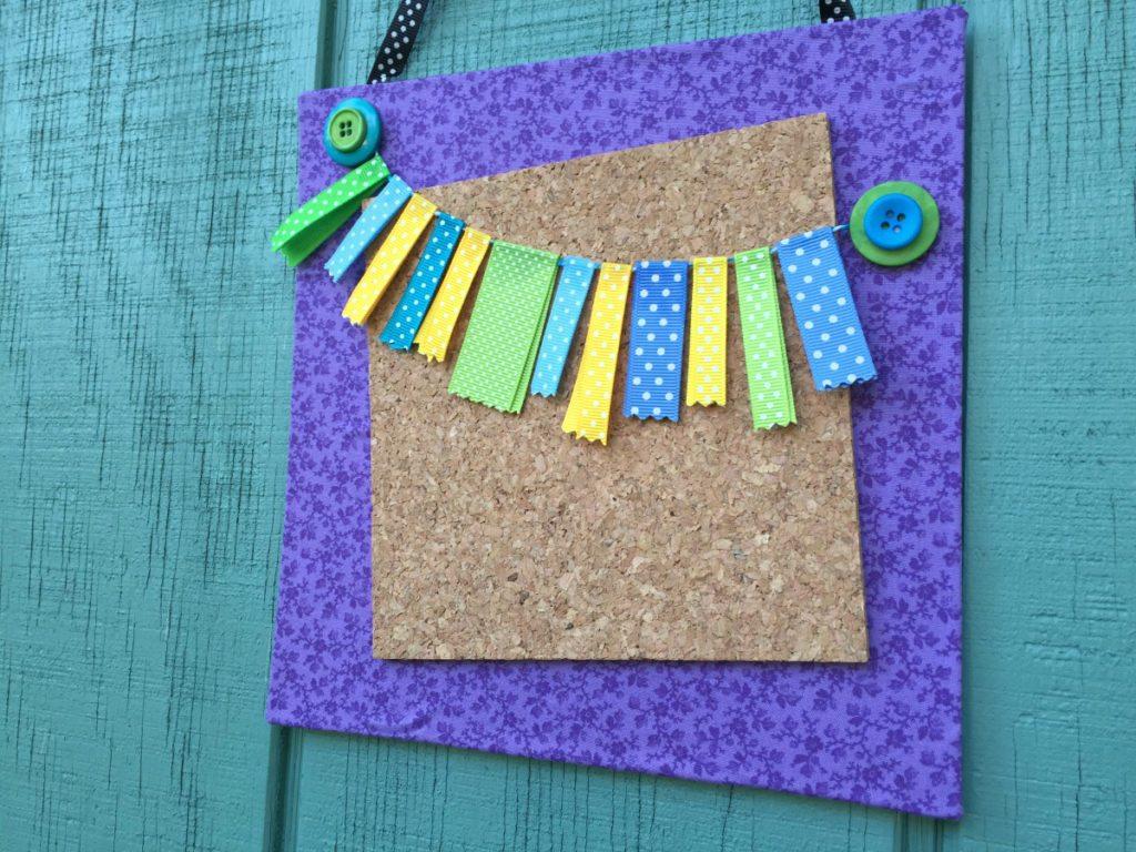 DIY Mini Bulletin Board